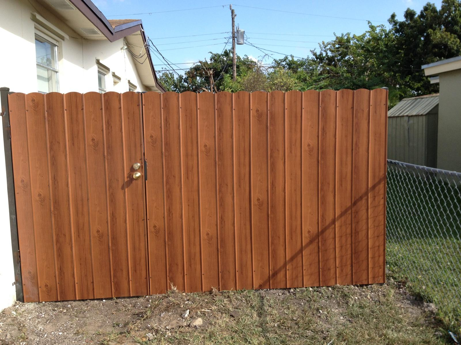 Outdoor privacy fence garden slot galvanized corrugated for Outdoor patio privacy fence