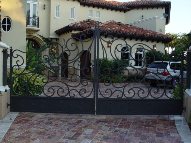 Electric Gate | Double Swing Driveway gates