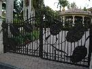 Enterance of Eden Driveway Gate in Aluminum | Custom Design Gates