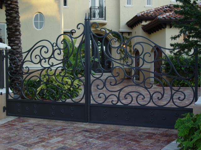 European Fan Driveway Gate Electric Gate Wrought Iron
